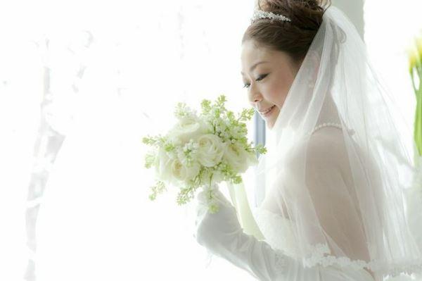 ブーケと花嫁
