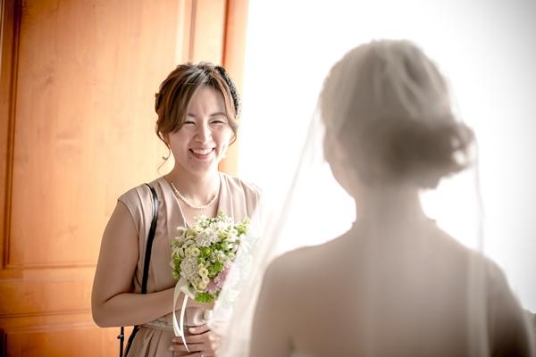 親友の花嫁姿に感動
