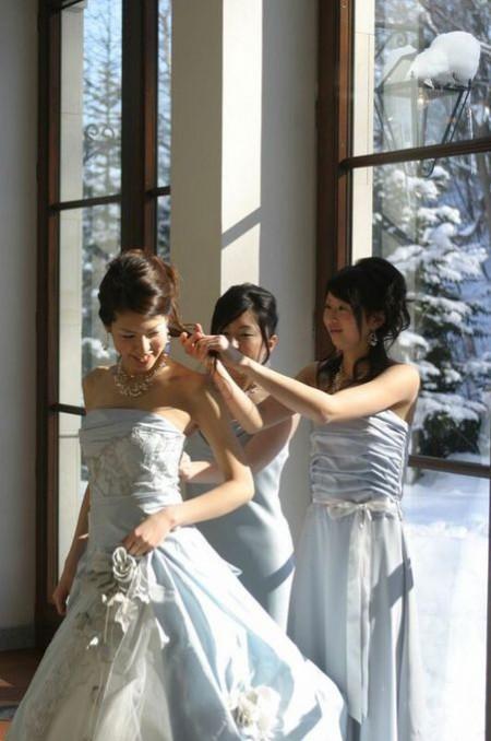 ブライズメイド|雪の結婚式