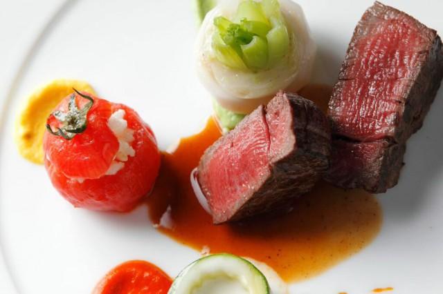 お肉料理|ジャルダンドゥボヌール