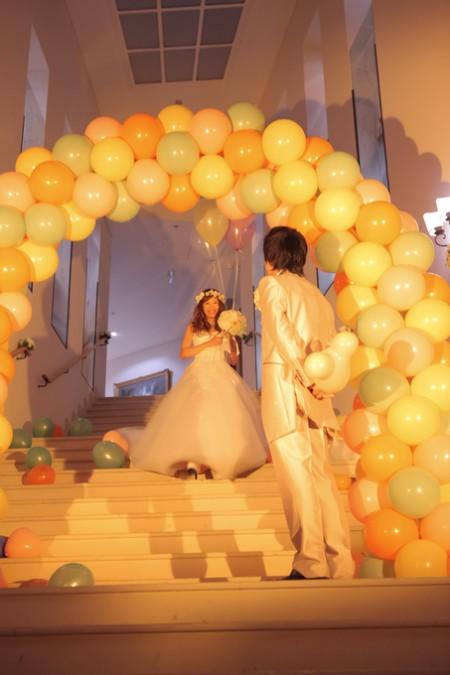 バルーンを使った結婚式のディスプレイ