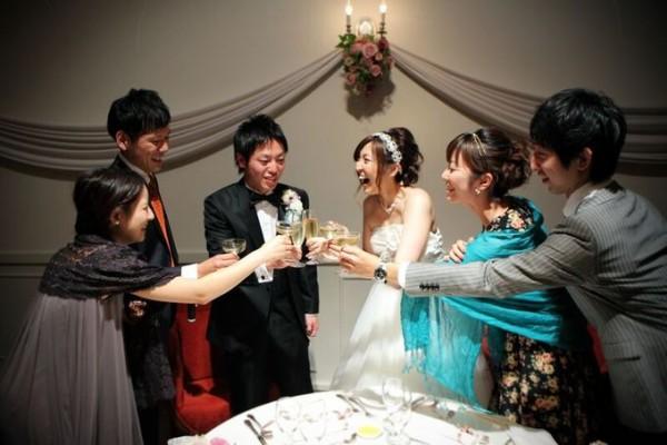 乾杯|ジャルダンドゥボヌール|結婚式