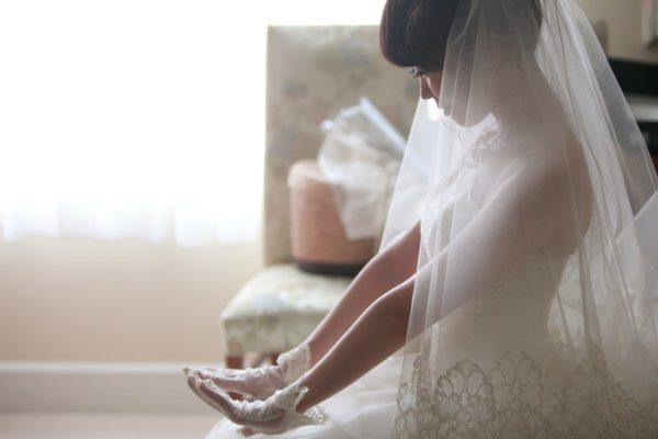 ウエディングドレス姿の花嫁|ジャルダンドゥボヌール