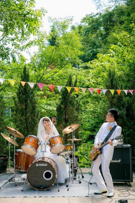 楽器の生演奏|ガーデンウエディング|ジャルダンドゥボヌール