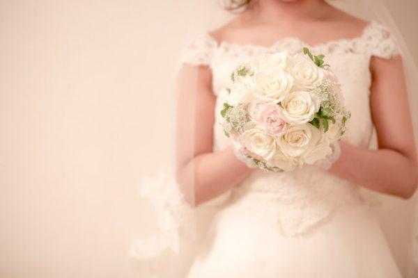 花嫁|ローズガーデンクライスト教会